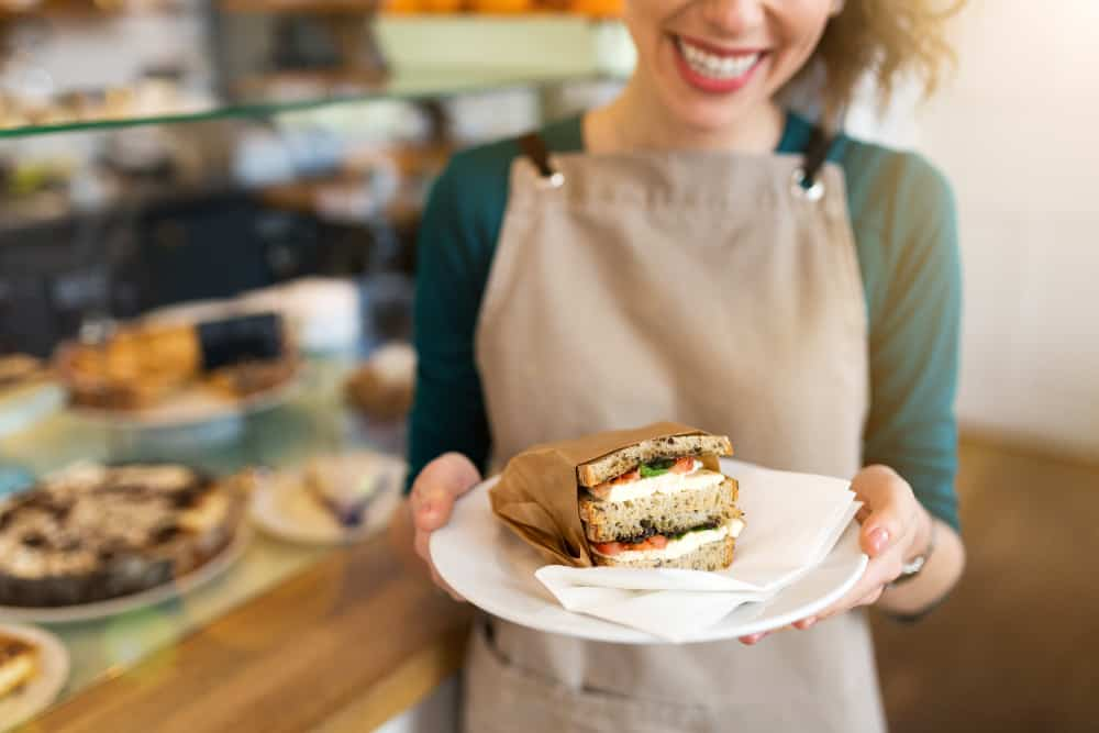 Are Injured Restaurant Employees Entitled to Workers Compensation in California?