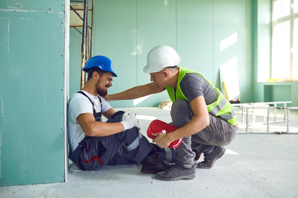 Is It Possible to Receive Unemployment If You Are on Workers' Comp?